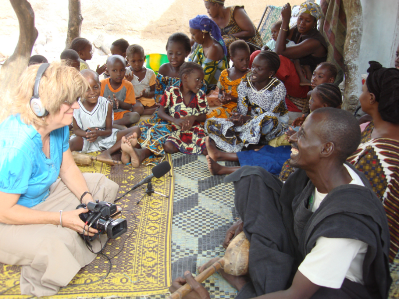 Lucy Durán conducting fieldwork in Africa 1